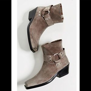 Jeffrey Campbell Free People Farrier boots  8.5